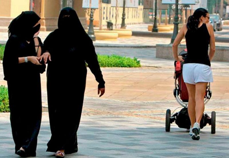Одежда в ОАЭ и все что с ней связано